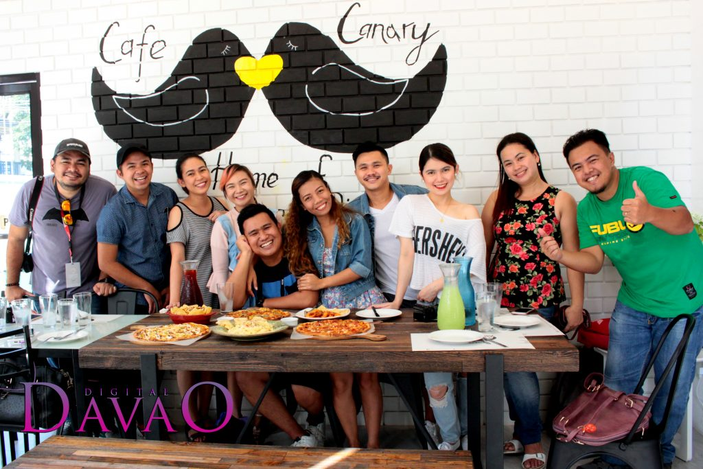 DigitalDavao with Davao Bloggers at Cafe Canary