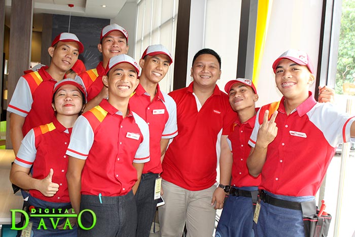 Blessing and Ribbon Cutting of Jollibee Puan q