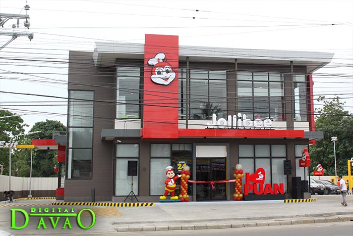 Blessing and Ribbon Cutting of Jollibee Puan w