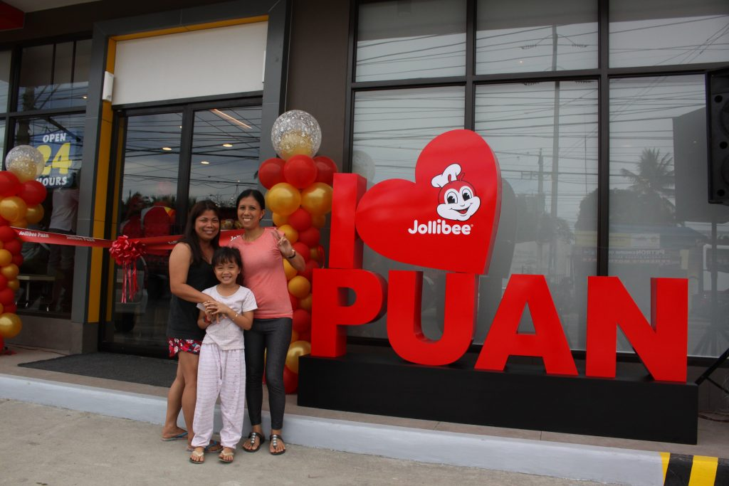DigitalDavao Jollibee Puan Blessing and Ribbon Cutting excited guests